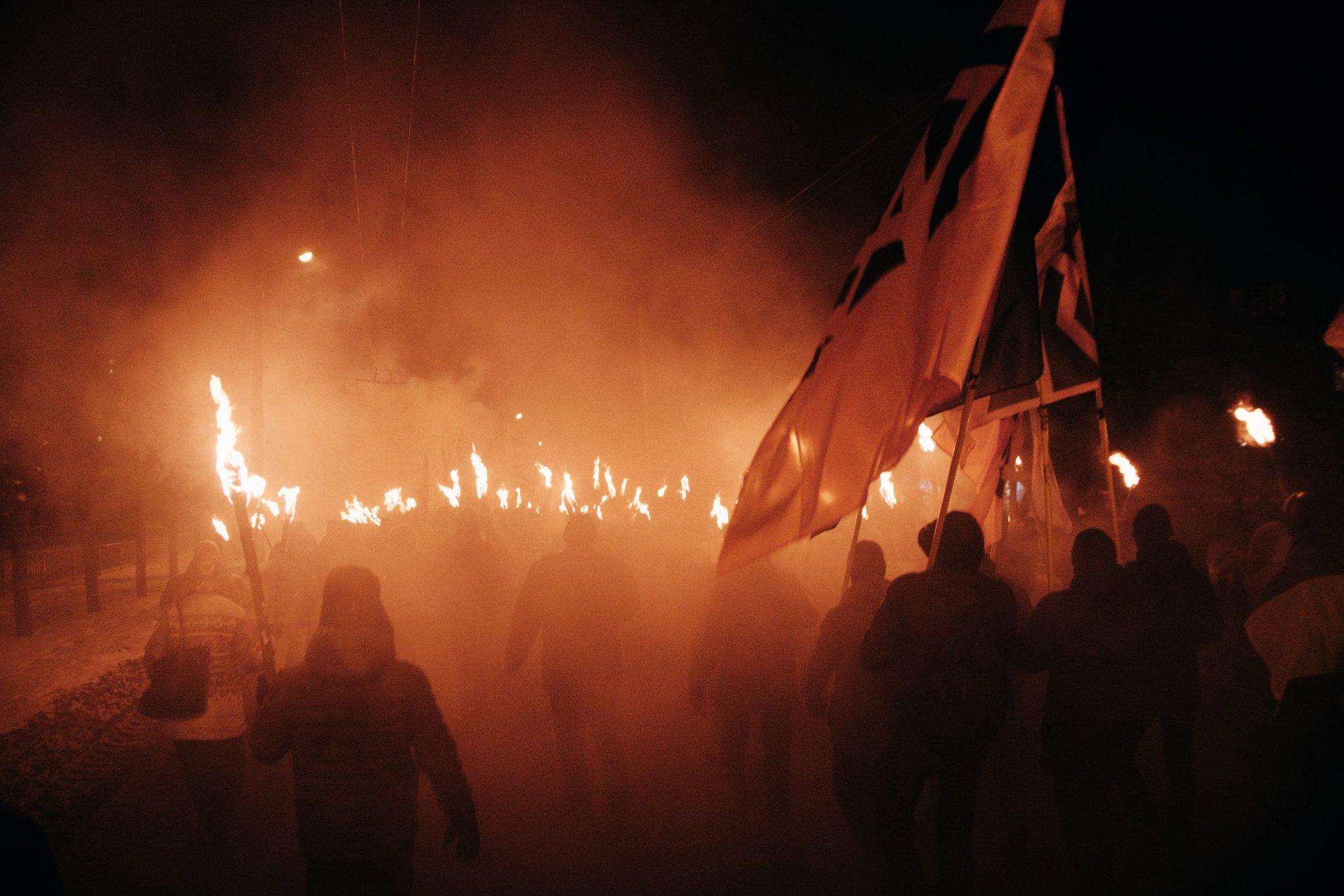Факельное шествие на Украине, автор: spoilt.exile [spoilt_exile], лицензия: CC BY SA 2.0