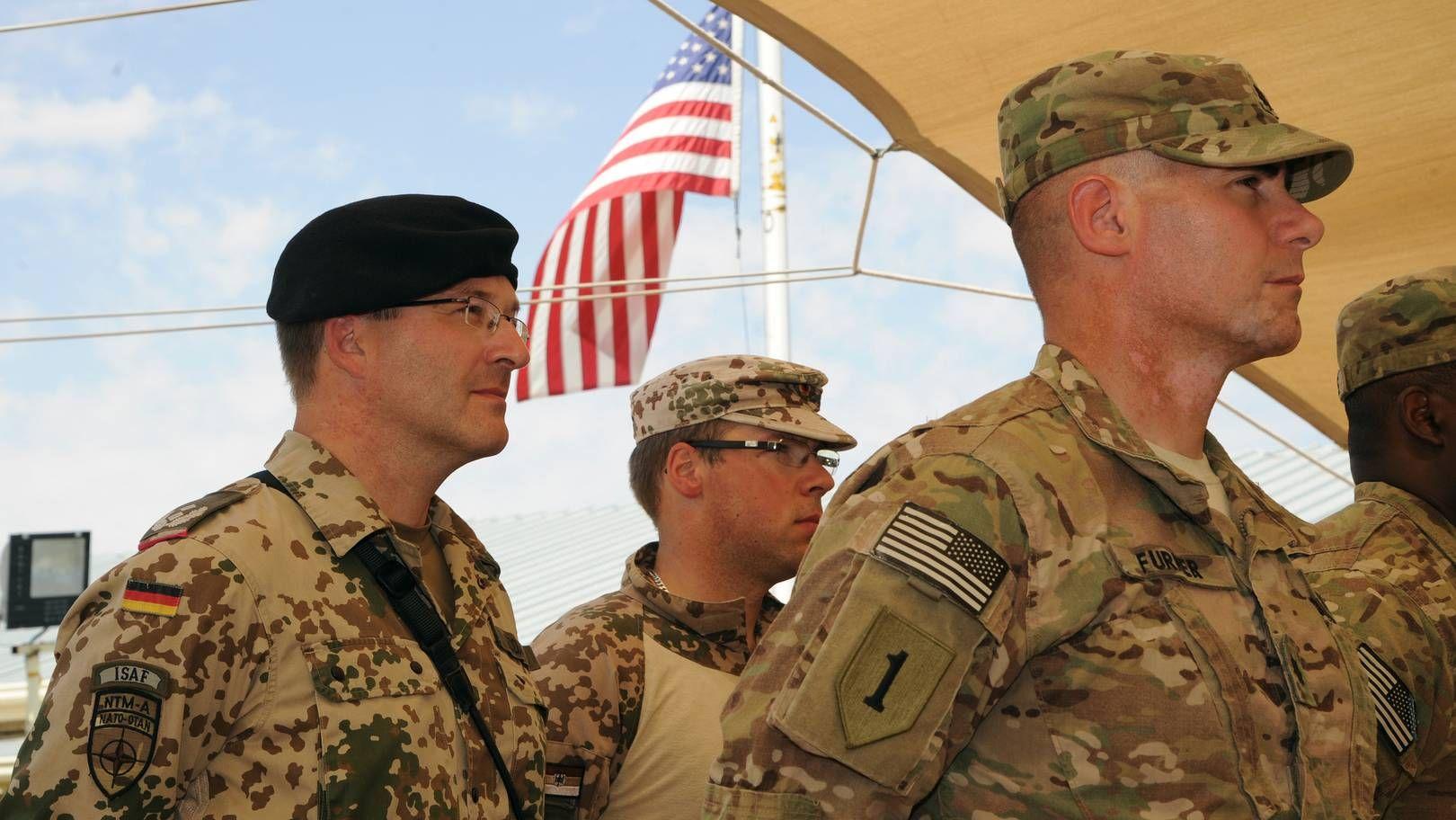 Немецкий и американский военный