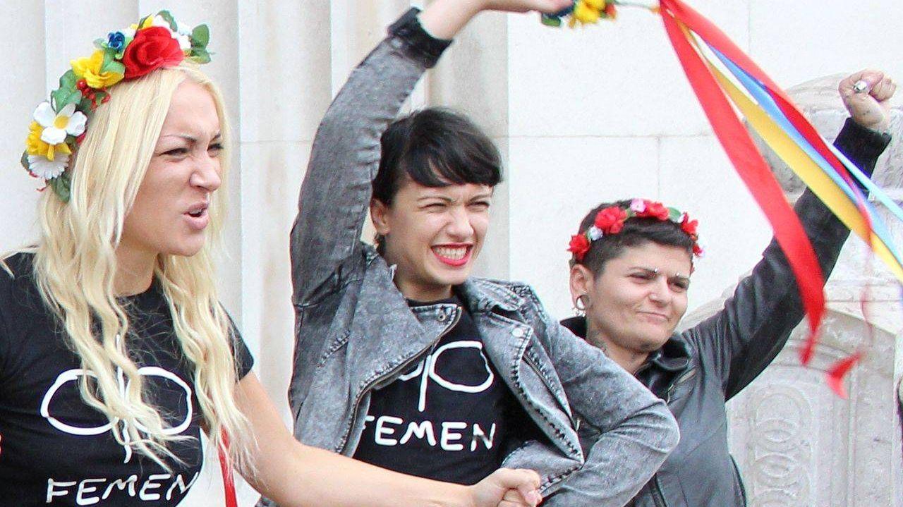 Феминистки в Париже