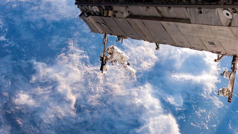 Астронавты NASA выходили воткрытый космос на6,5 часа