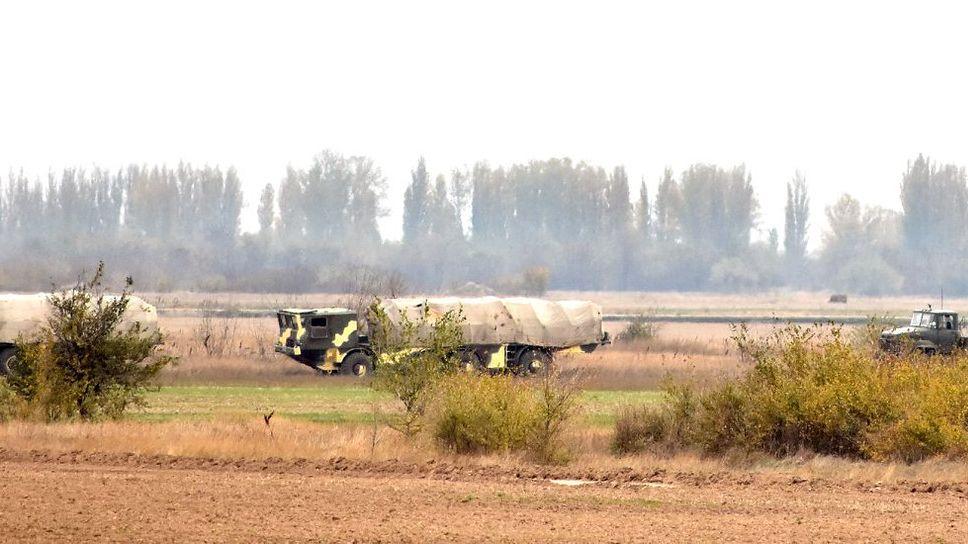Перемещение зенитного ракетного подразделения войск Украины