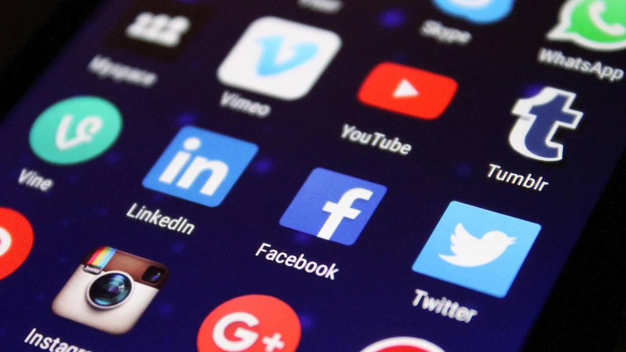 МИД РФ: американские цифровые гиганты изнасиловали свободу слова | ИА Красная Весна