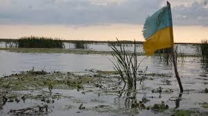 ВУкраинском государстве националисты сорвали показ фильма осоветских летчиках