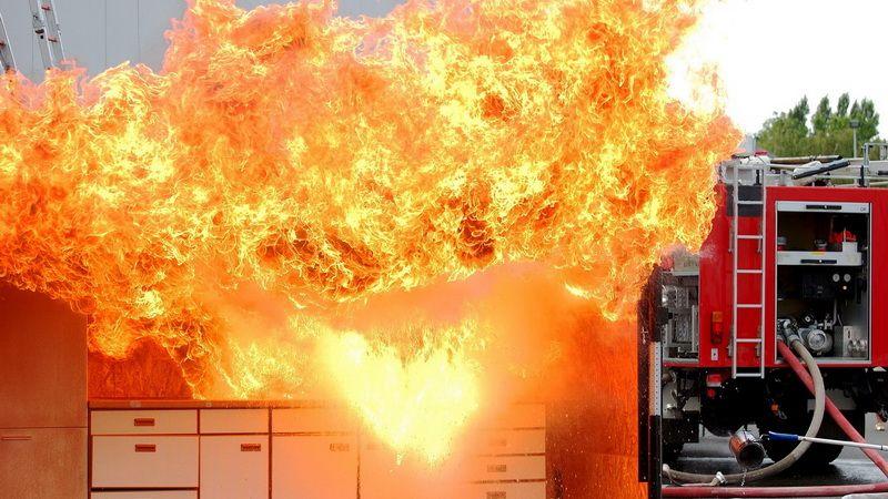 Взрыв балона с газом