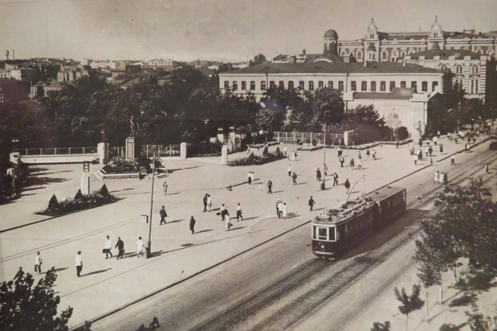 Площадь Ленина в Ростове-на-Дону в 1932 году