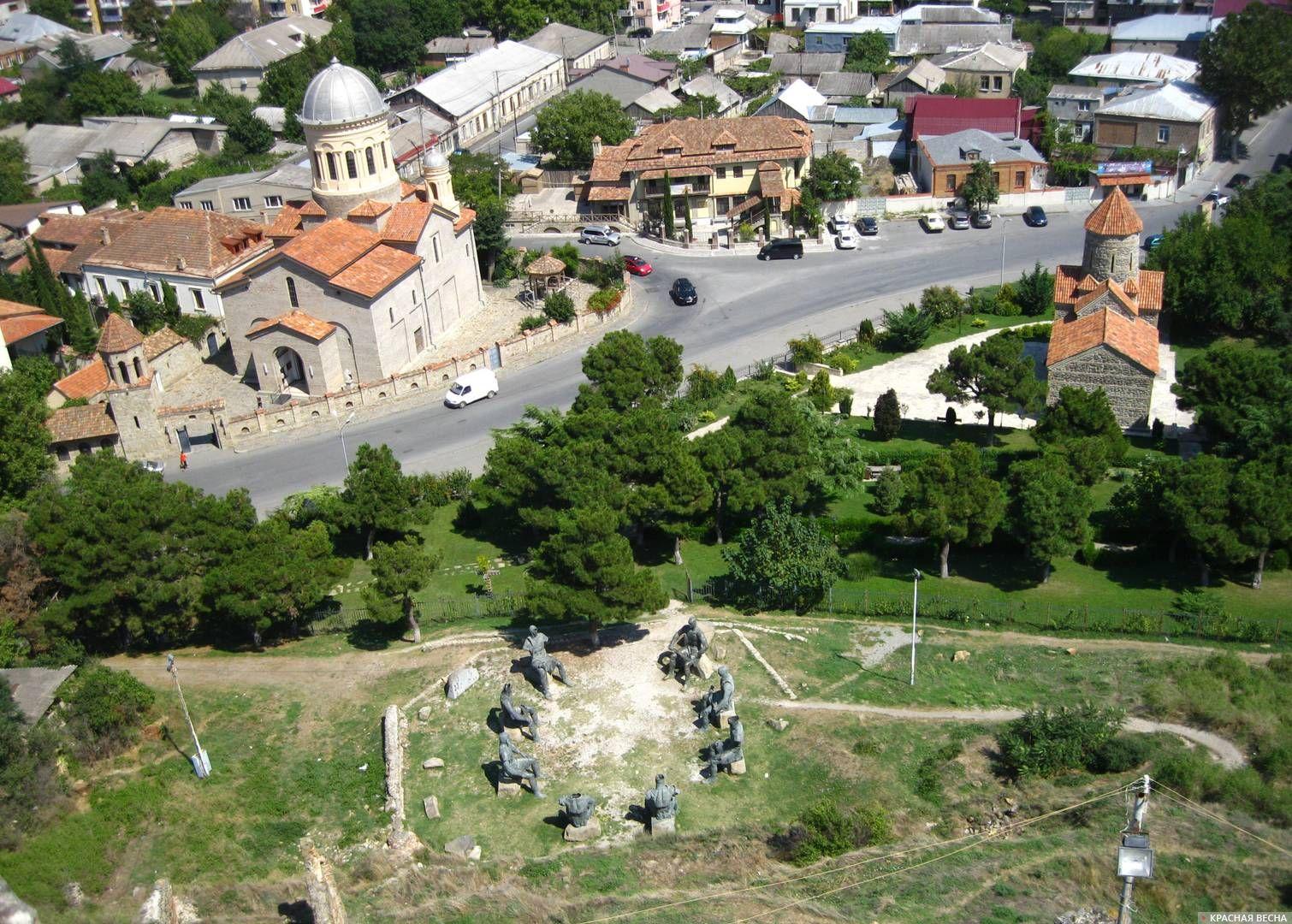 Вид современного Гори с крепости