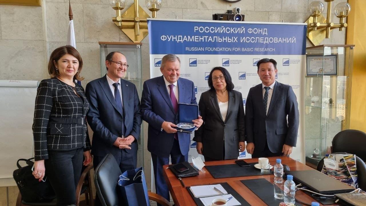 Узбекистану помогут провести исследования в сфере фундаментальной медицины
