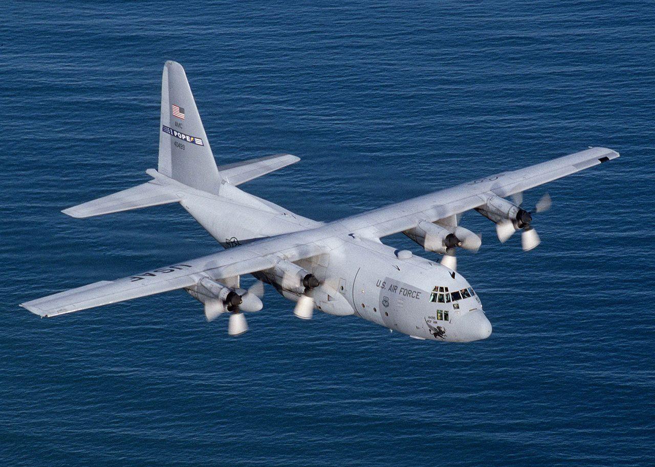 Американский военно- транспортный самолёт C-130 [af.mil]