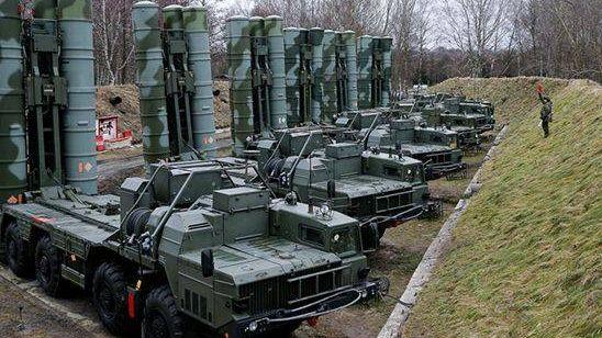 Расчеты ЗРК С-400