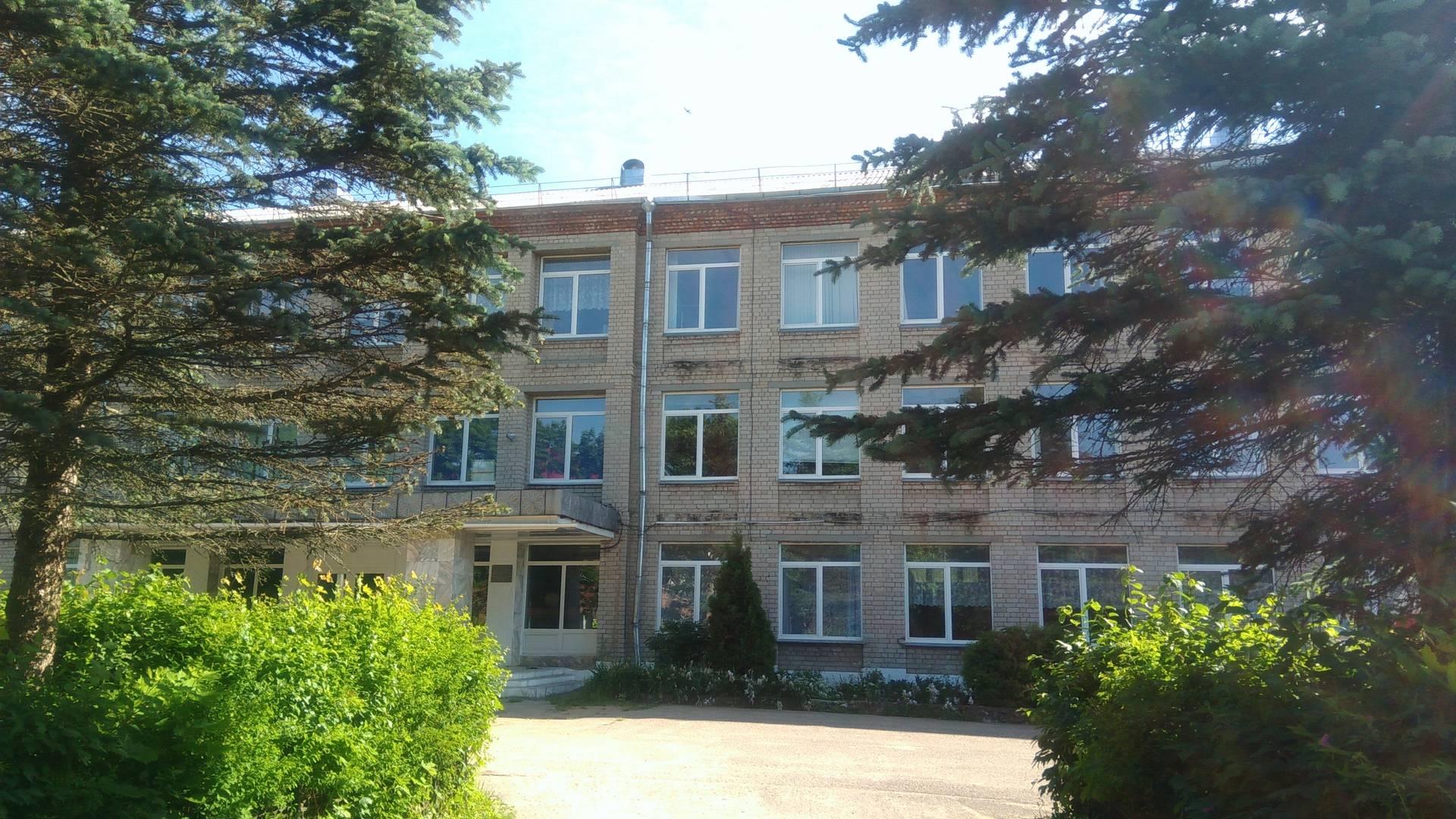 Здание школы Кардымовского детского дома