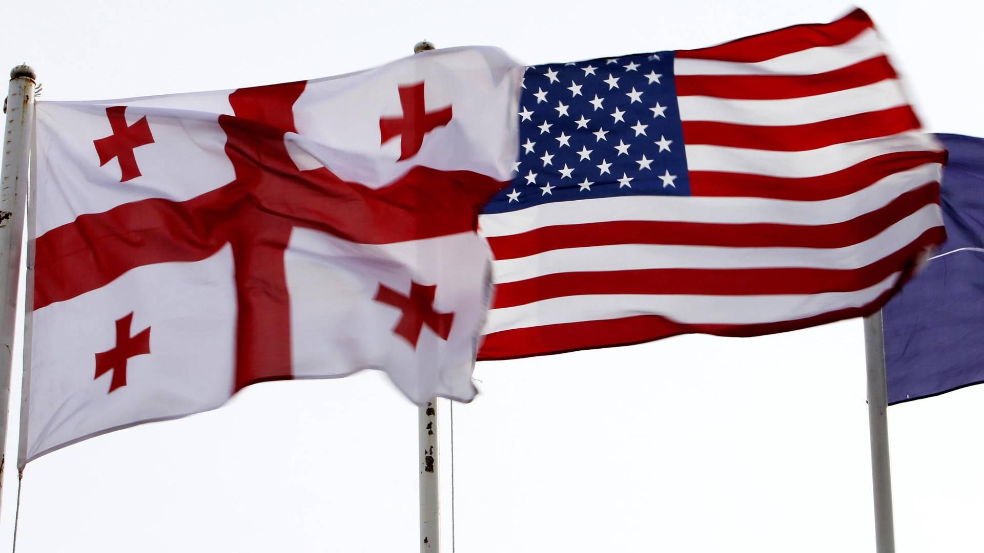 Флаги Грузии и США