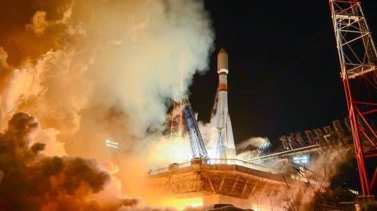 Ракета-носитель «Союз-2.1б» с разгонным блоком «Фрегат» и космическим аппаратом «Глонасс-М»