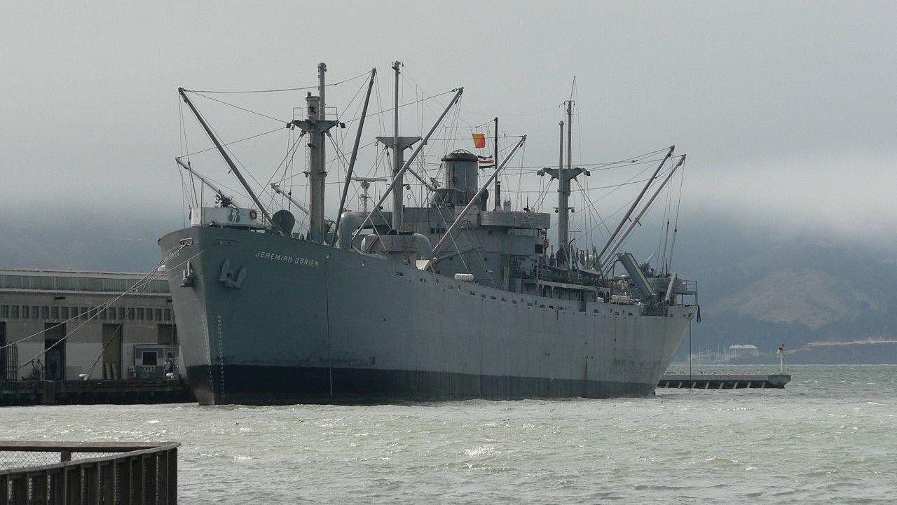 Украинцы приковали себя к кораблю ВМС США. Требуют от РФ отпустить моряков