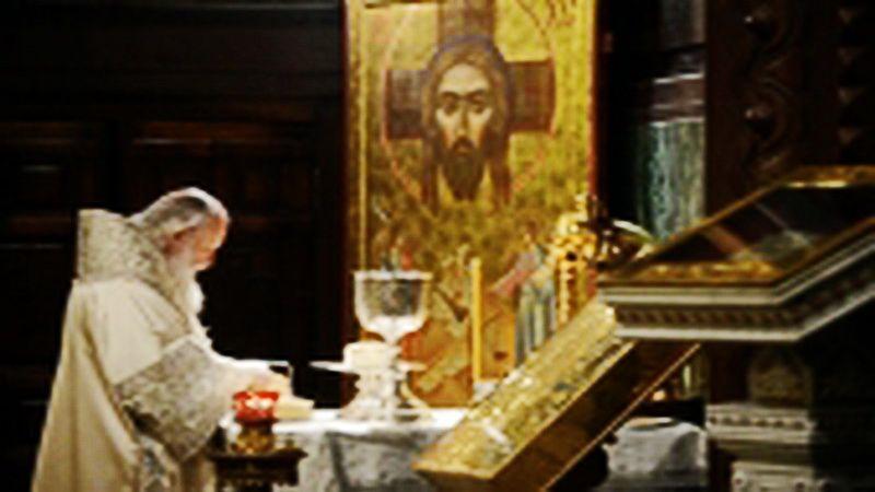 Святейший Патриарх Московский и всея Руси Кирилл совершил Божественную литургию святителя Иоанна Златоуста в кафедральном соборном Храме Христа Спасителя в Москве