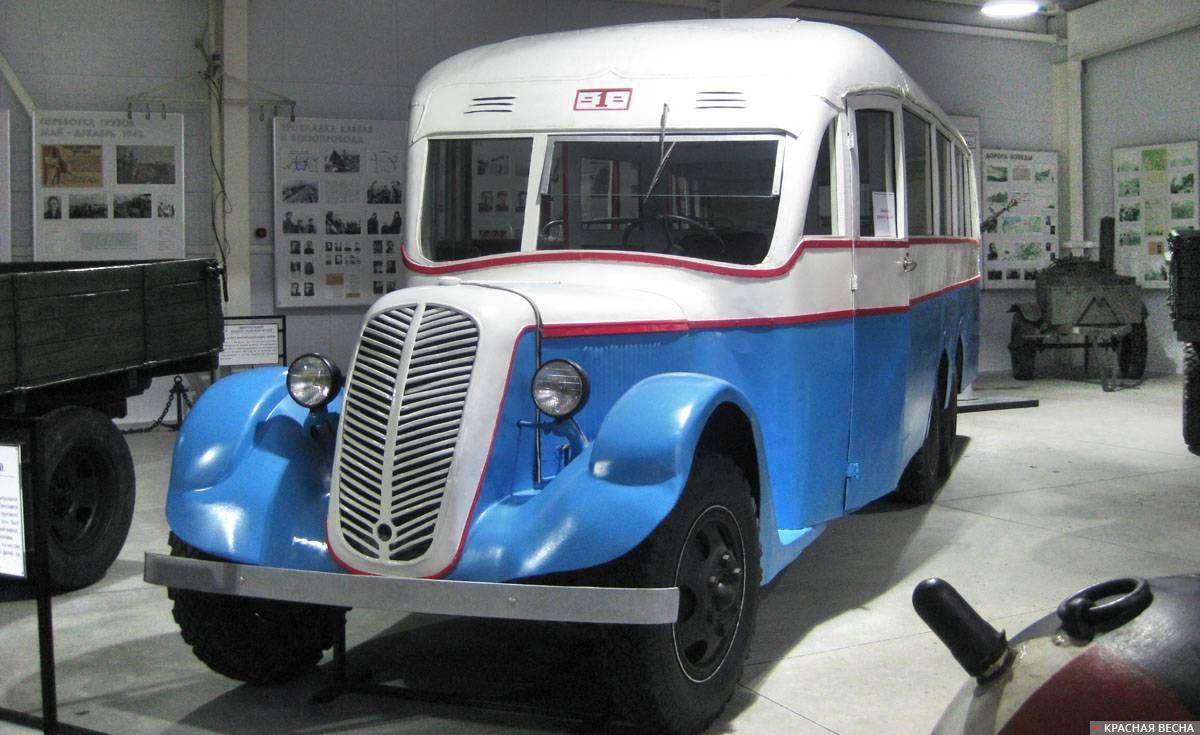 Автобус АТУЛ АЛ-2, который использовался для вывозки людей из осажденного Ленинграда