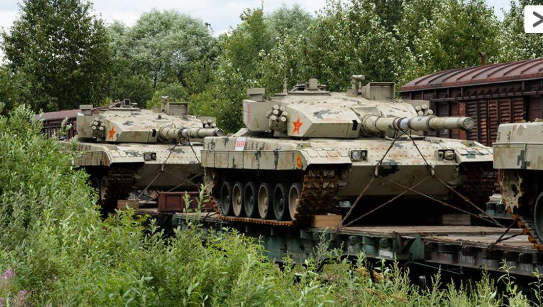 Прибытие китайских танков