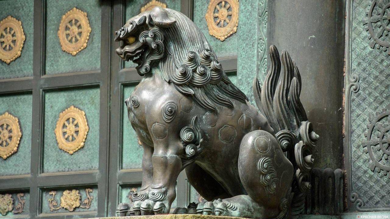 Страж ворот, храмовый комплекс Тосёгу, Никко
