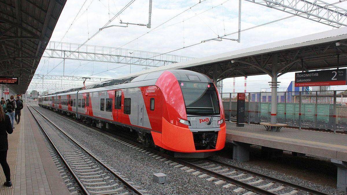 Нарушенное из-за повреждения навеса движение поездов наМЦК восстановлено