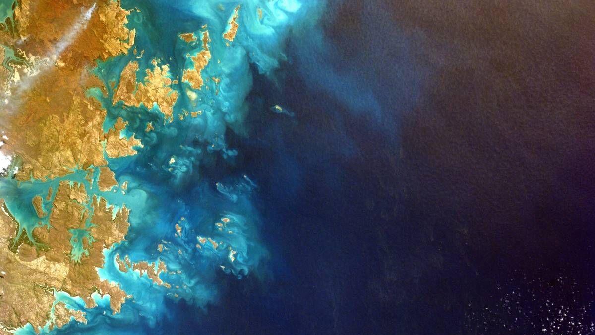 Наблюдение за океаническими поверхностями