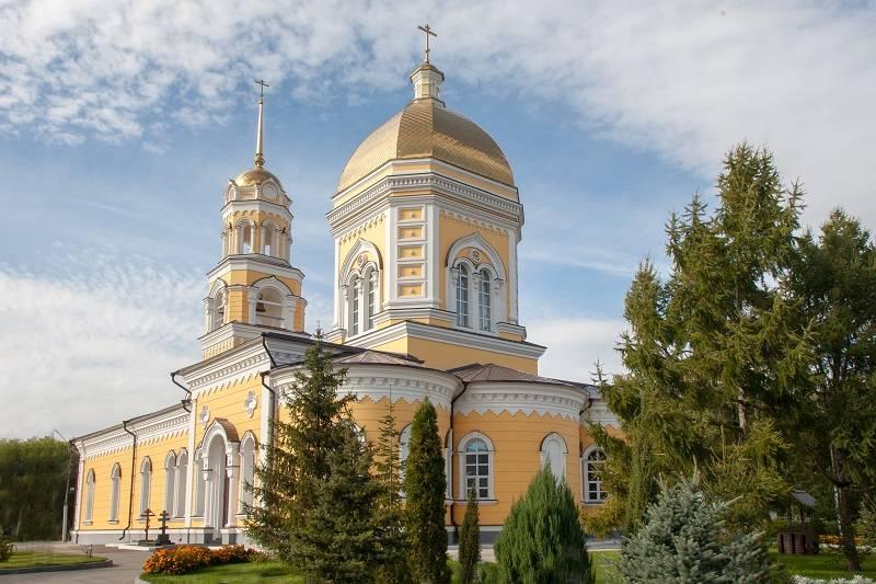 Свято-Троицкий кафедральный собор г. Энгельса