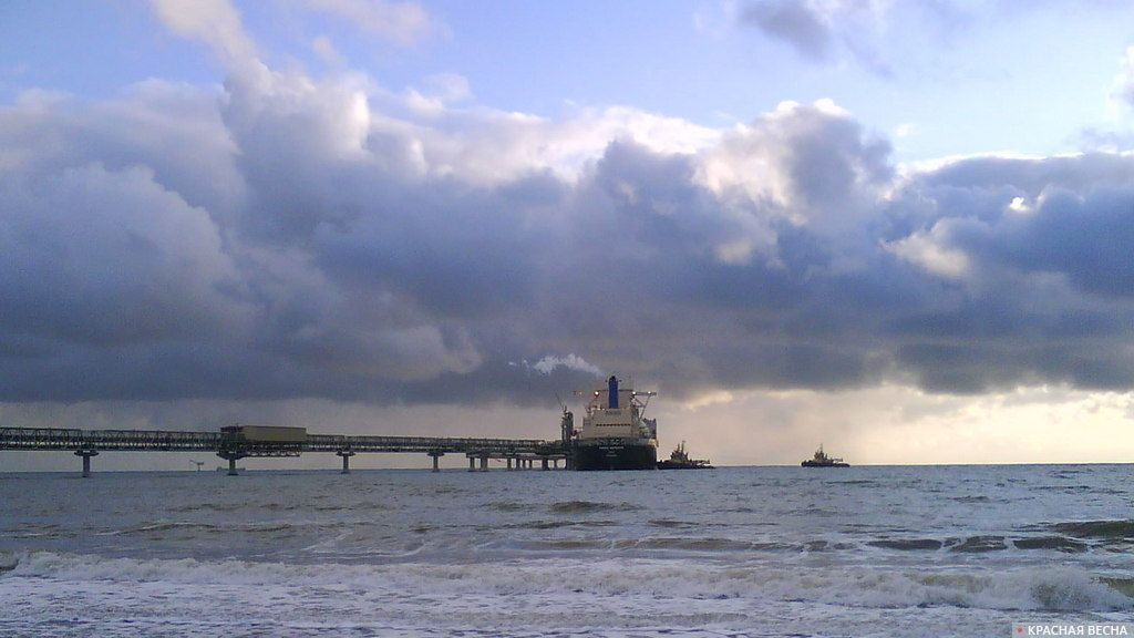 Англия может перепродать танкер с русским СПГ вАзию