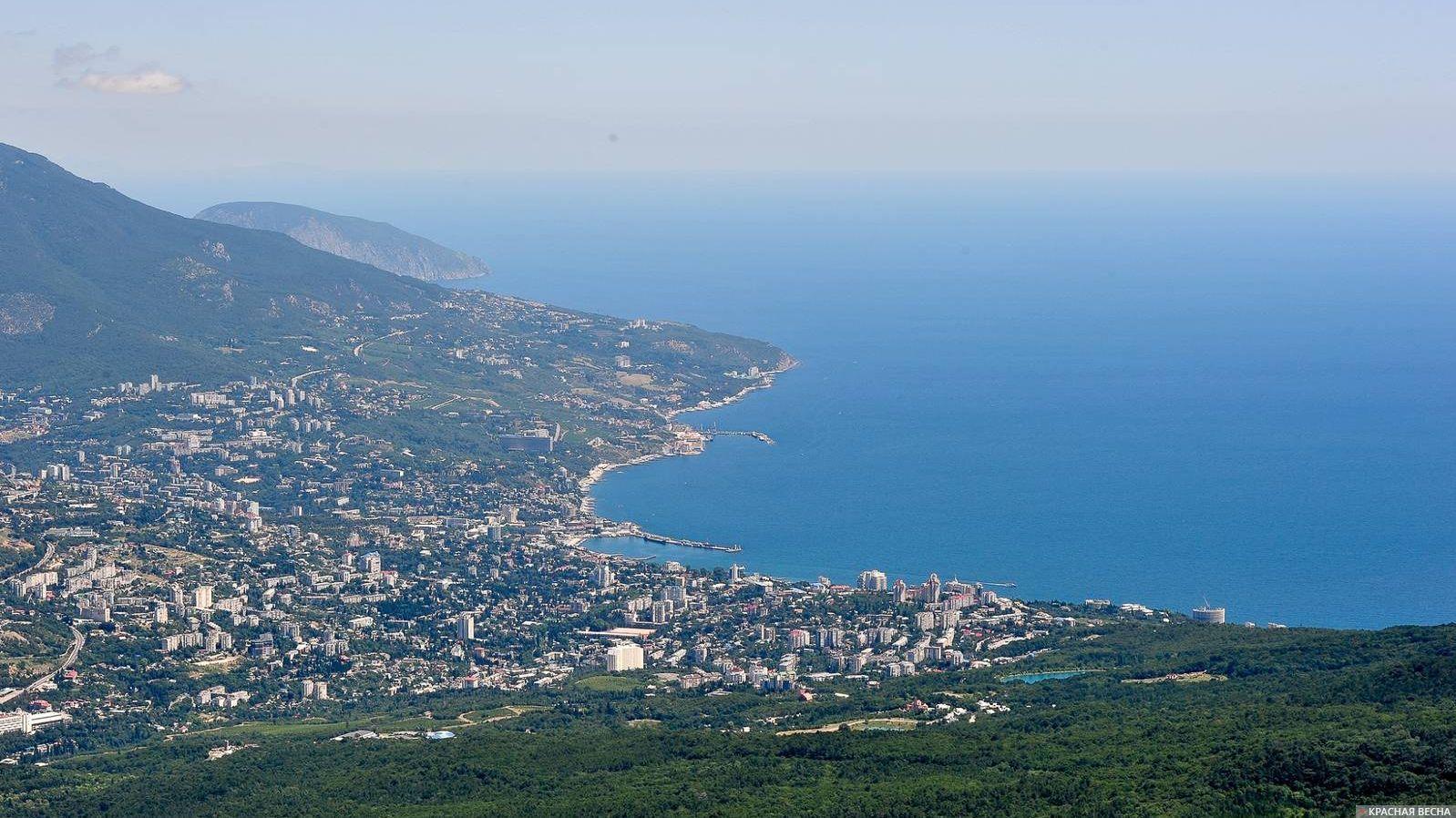 Южное побережье Крыма. Вид с горы Ай-Петри