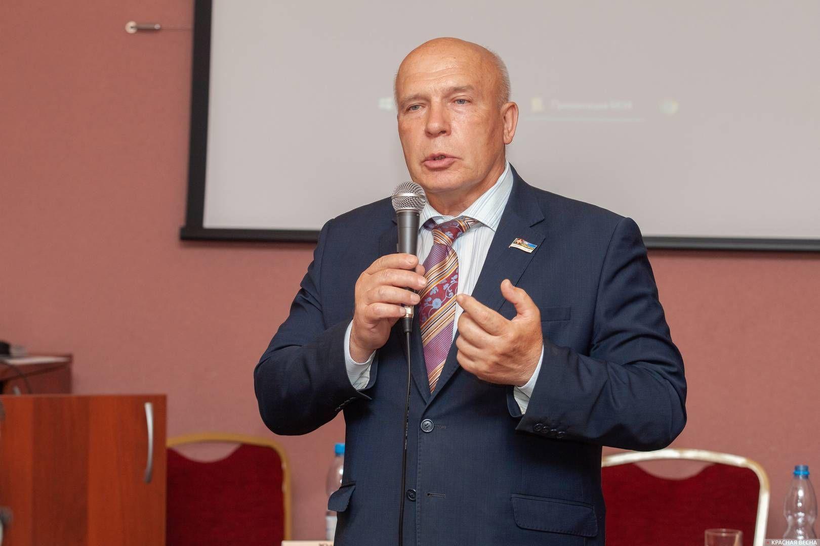 Владимир Косов