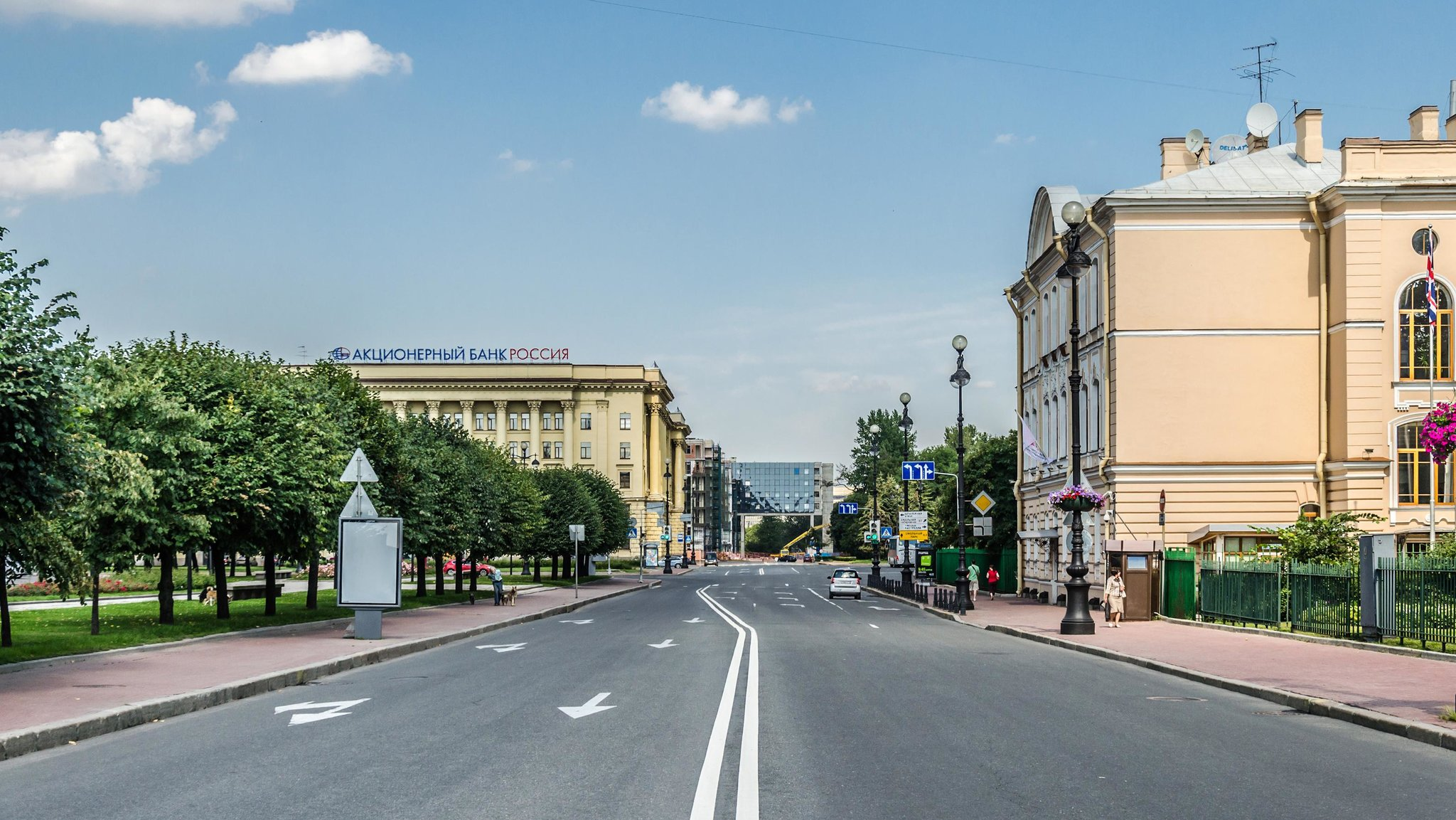Улица Пролетарской Диктатуры в Санкт-Петербурге