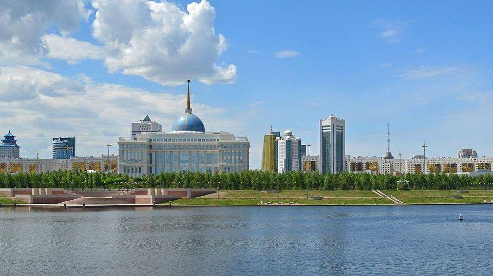 Казахстан. Астана. Дворец Президента