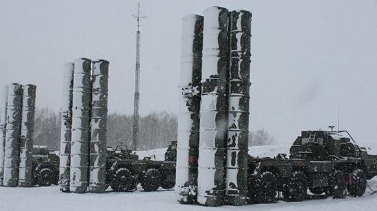 Боевые расчеты ЗРК С-400