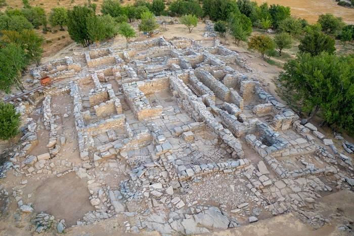 Дворец Зоминтос