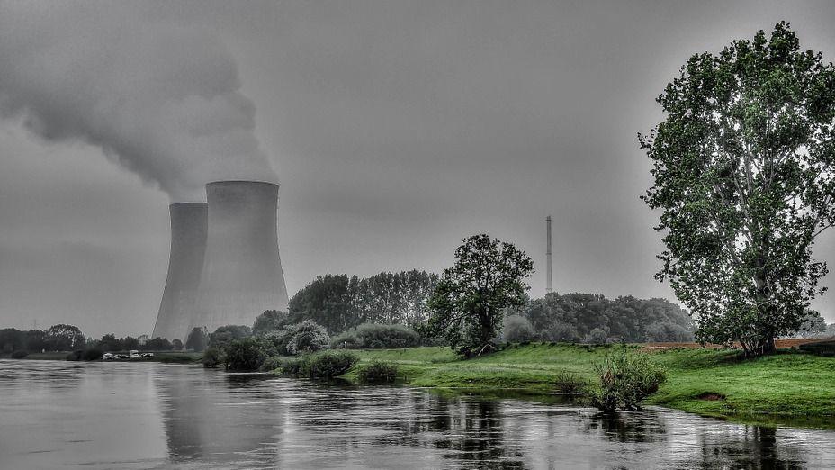 Навтором энергоблоке ЛАЭС-2 кмонтажу статора турбины готов мощнейший кран