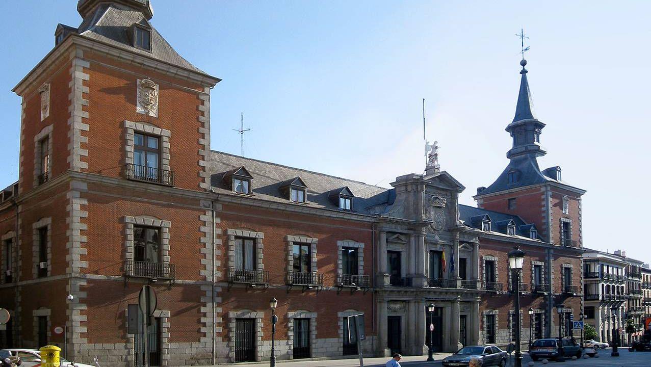 Руководитель МИД Испании предложил двойной подход вотношениях сРоссией