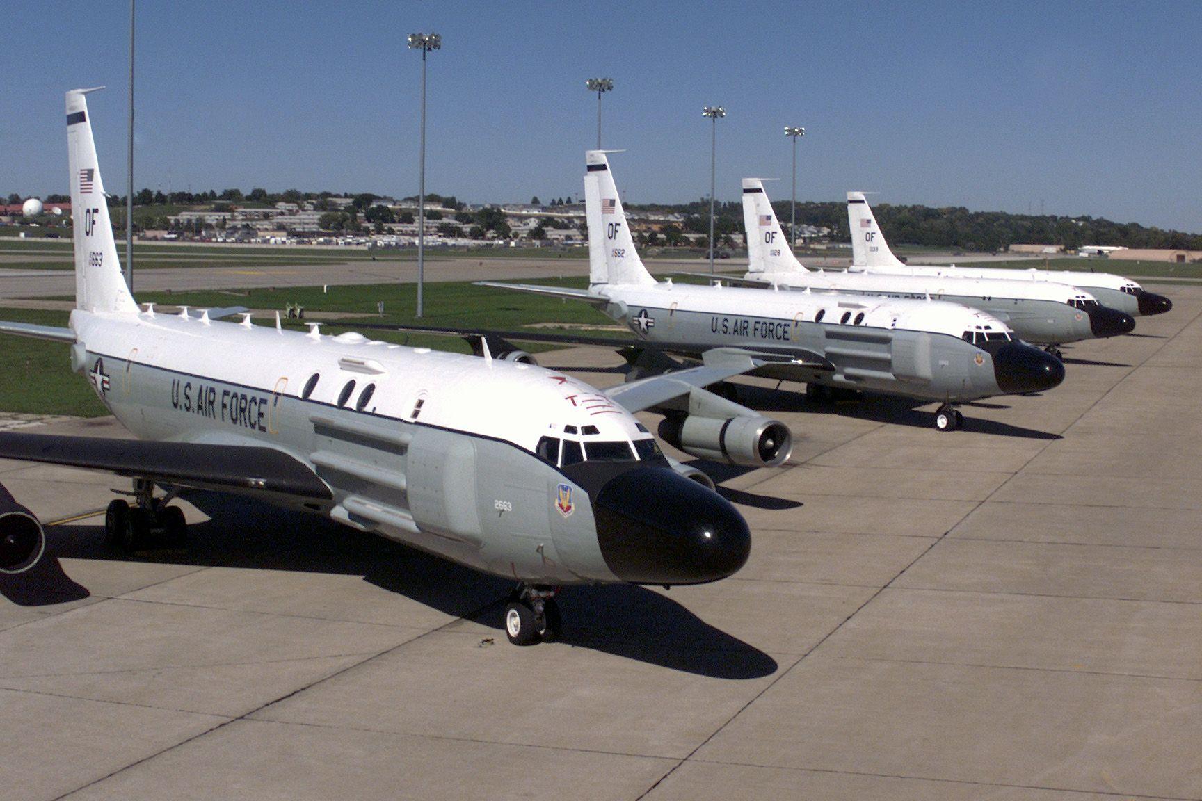 RC-135, автор: aeroman3 [my_public_domain_photos], лицензия: CC0 1.0