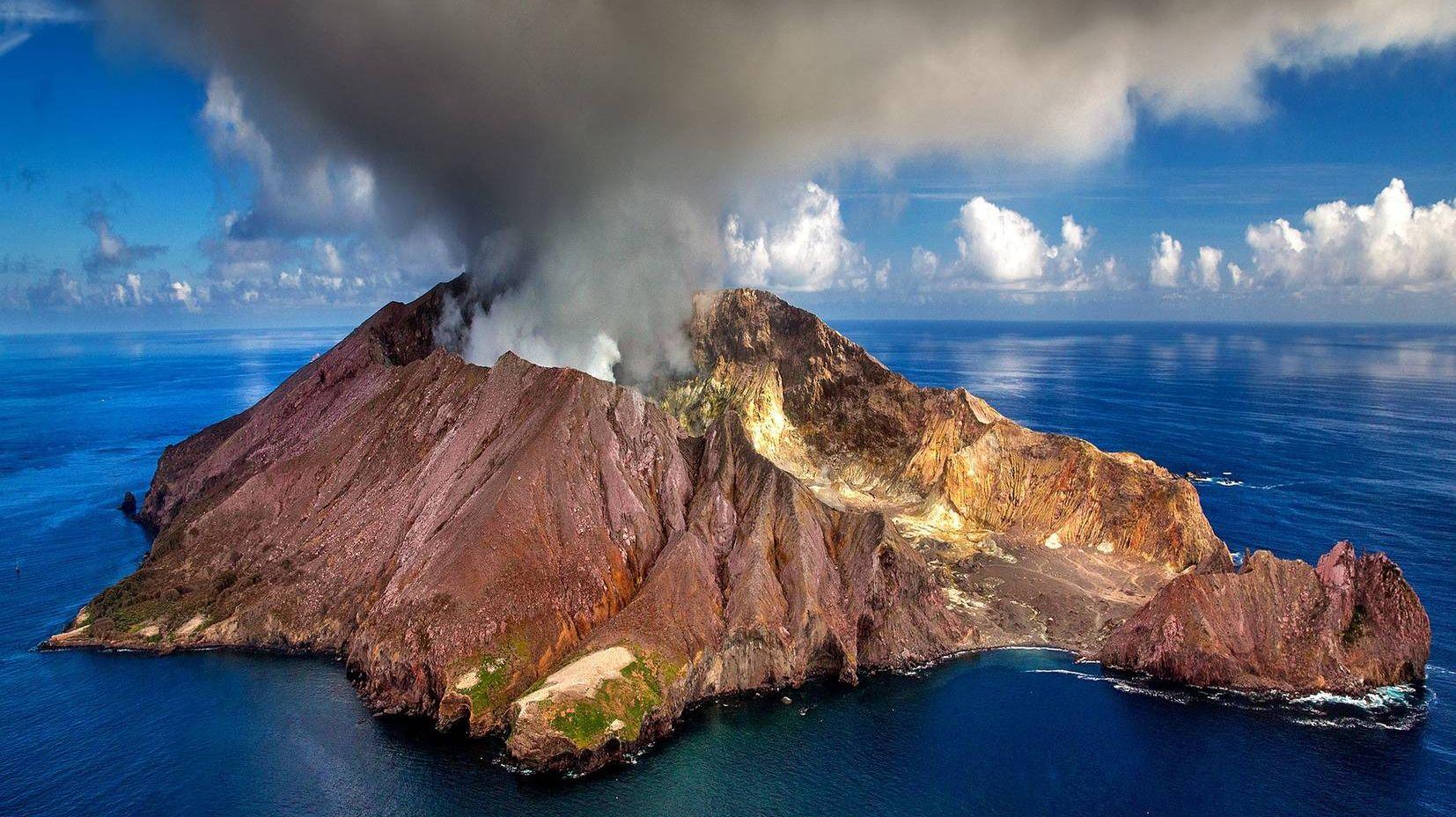 Вулканический остров Уайт-Айленд. Новая Зеландия