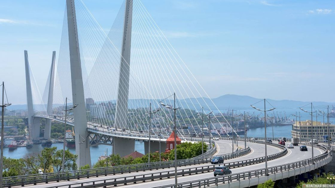 Золотой мост. Владивосток, Россия.