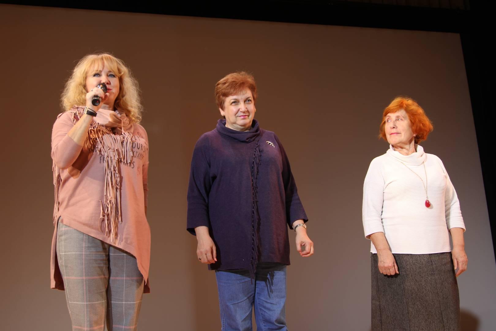 Слева направо: Кеслер Надежда Алексеевна, Лежнева Софья Соломоновна, Ончурова Нелли Константиновна