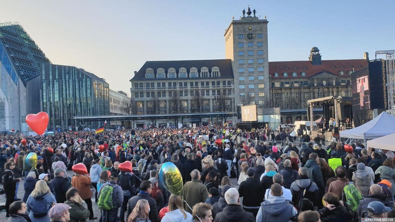 Антикоронавирусный протест в Лейпциге