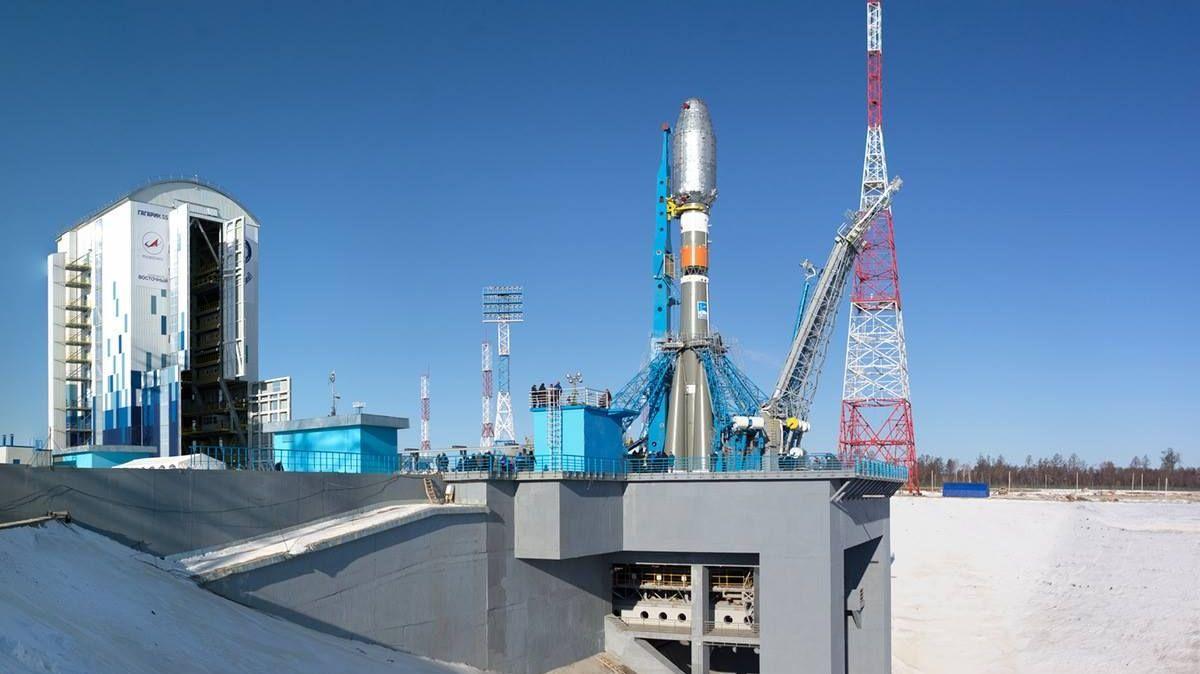 Стартовый комплекс космодрома Восточный перед первым пуском
