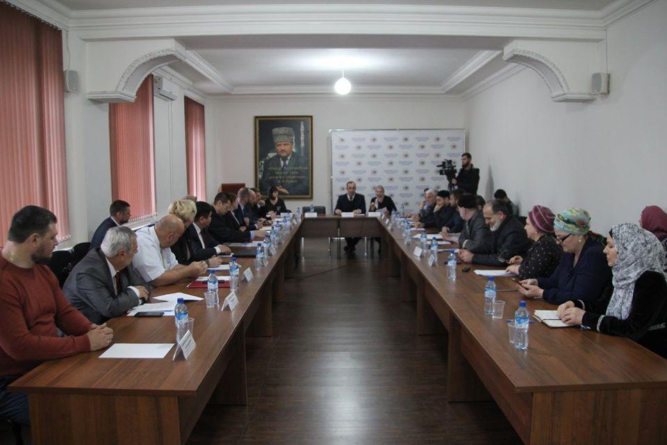 В Общественной палате Чеченской Республики обсудили законопроект о предупреждении и профилактике семейно-бытового насилия
