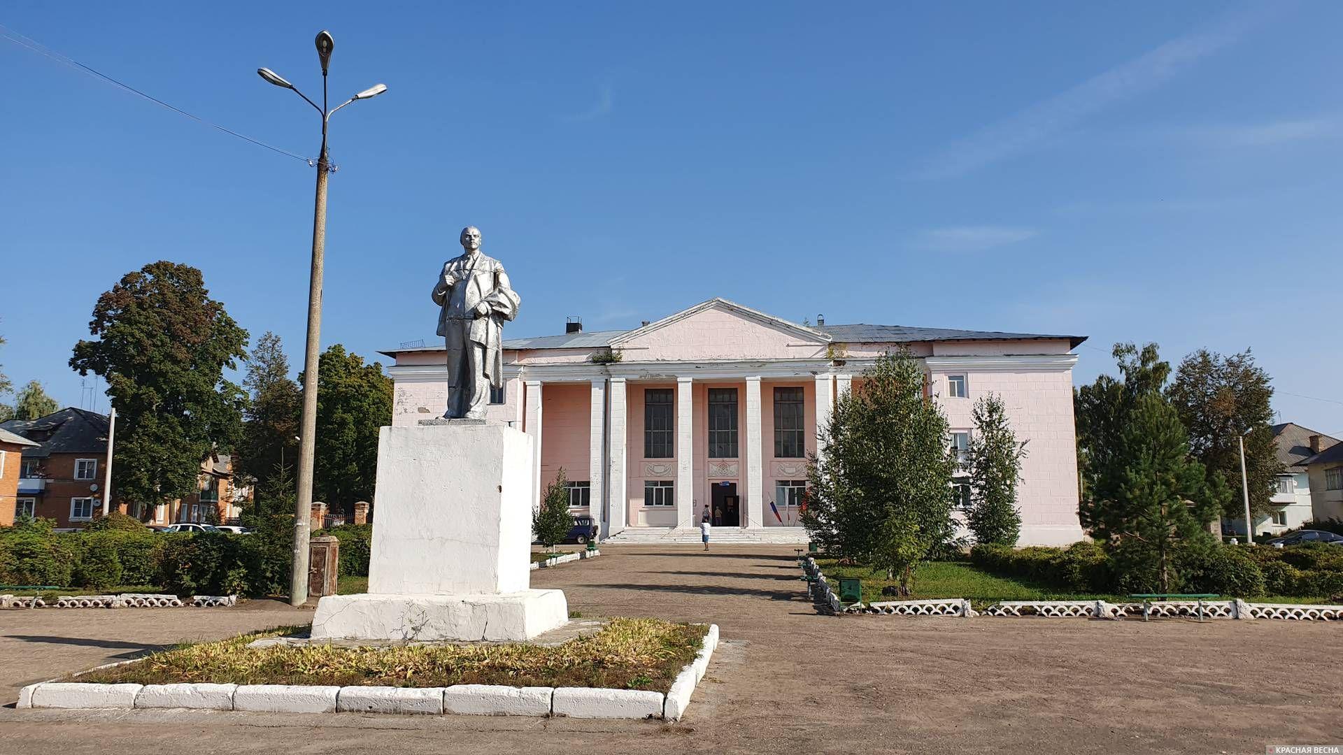 Поселок Брусянский, избирательный участок в доме культуры
