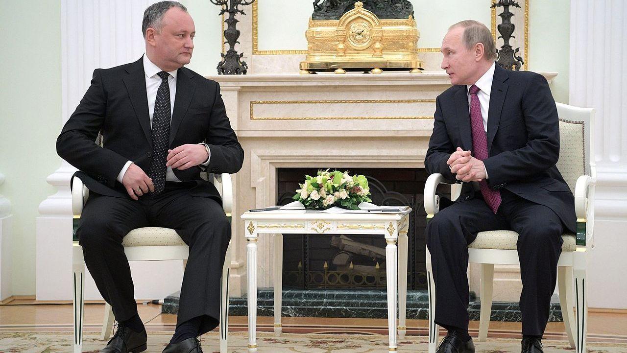 Vladimir_Putin_and_Igor_Dodon_