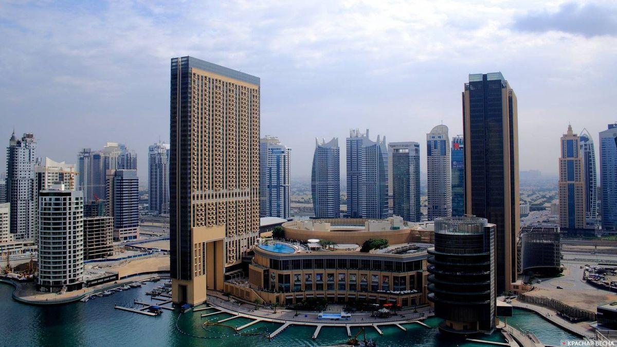 Вид на Дубай Марина. ОАЭ.