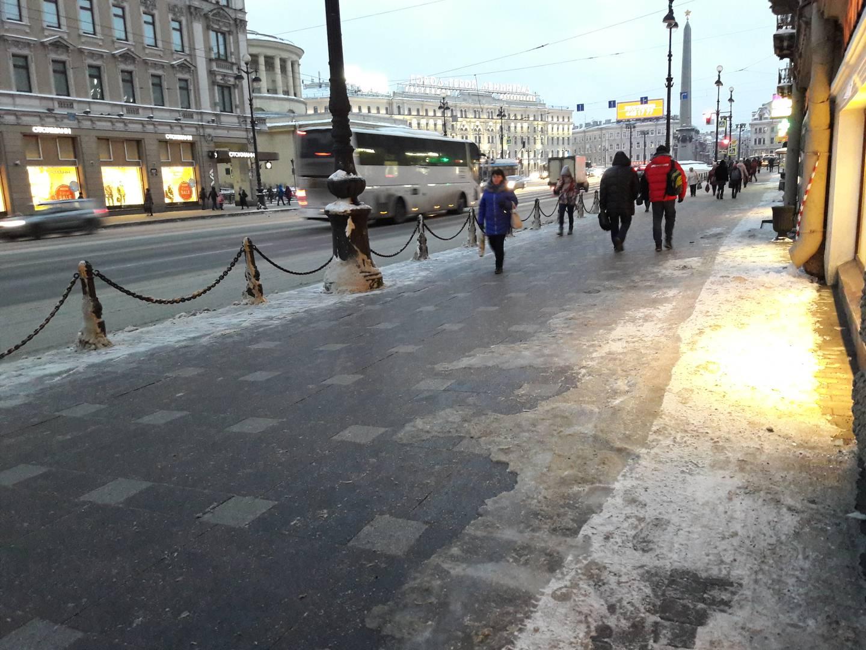 Наледь на Невском проспекте, Санкт-Петербург
