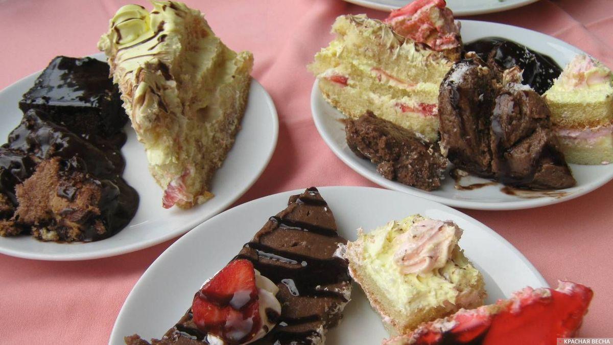 Куски тортов