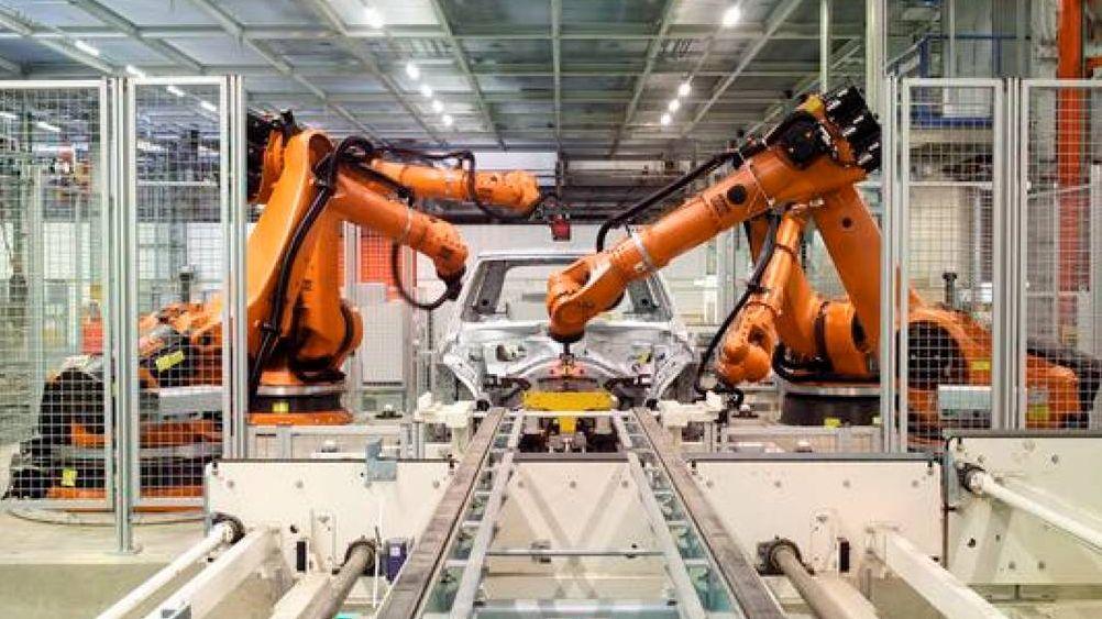 Сборка авто роботами