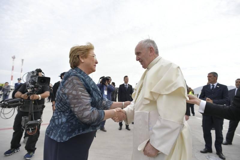 Мишель Бачелет И Франциск 1