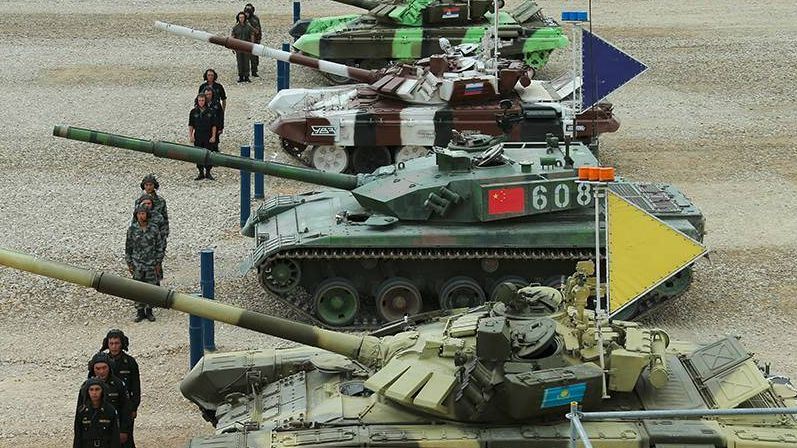 Армейские игры. Танковый биатлон