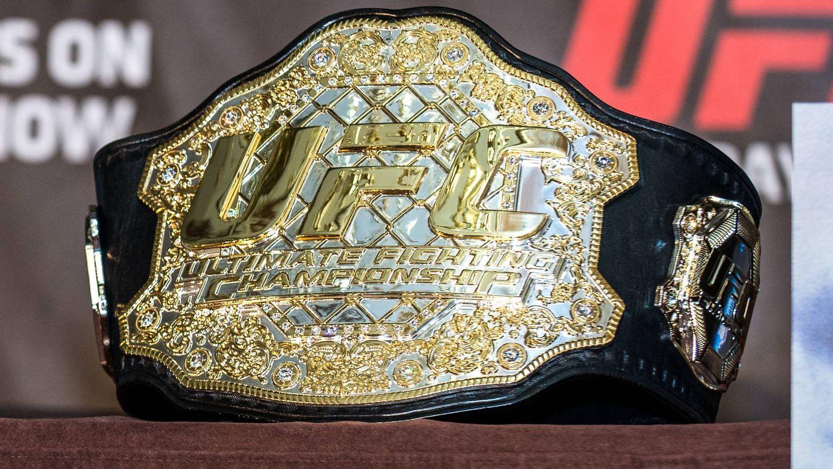 Чемпионский пояс в UFC