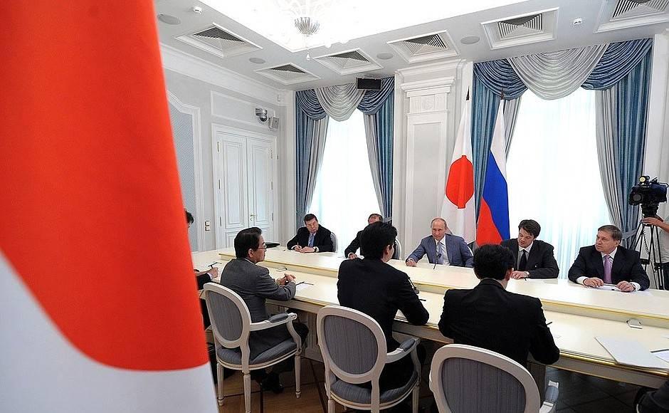 Константин Косачев одобрил намерение Японии снять санкции с РФ